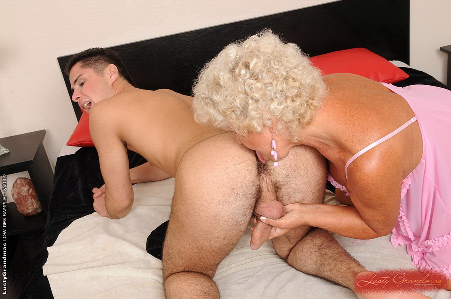 Horny granny pictures