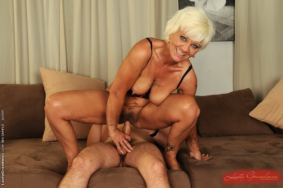 ... Sexy granny fucking and gets facial by young guy ...