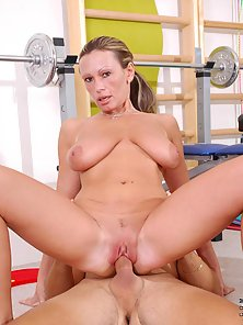Anilos pandora holds nothing back as she changes positions and gets fucked fervently by a young stud