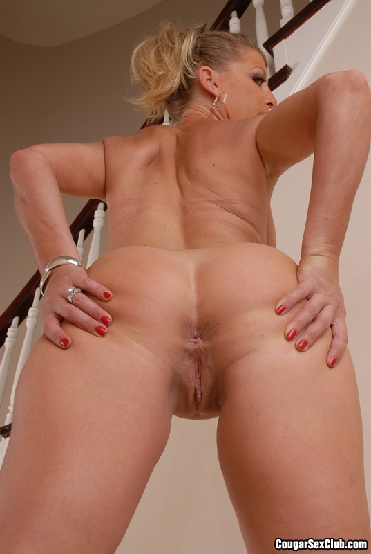 Blonde cougars in heat porn