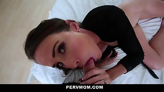 Handsome Guy Fucking Stepmom Mature Pussy in Kitchen First Time