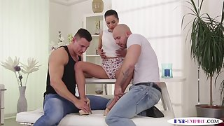 Muscular jock gets banged after pussyfucking