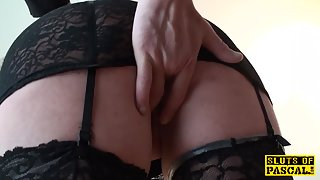 british sub tramp Nikki Gold in stockings slammed