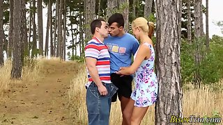 bisexual male jizzes tugging